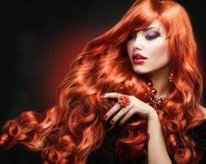red_hair__fashion_girl_-haarausfall-mittel-kaufen.com